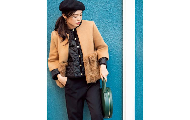 【3】キャメル色コート×黒ブルゾン×黒パンツ×黒ベレー帽