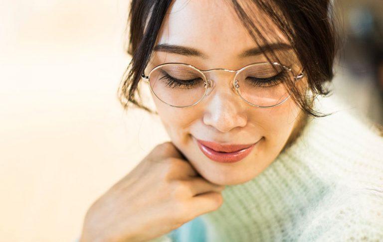 メタルフレームメガネの日のオススメリップ2本