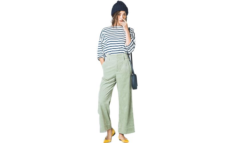 【5】ボーダーカットソー×ミントグリーンパンツ×紺ニット帽