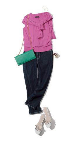【2】デニムパンツ×ピンクカーディガン×ピンクニット