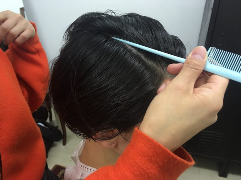 ショートヘアのモードスタイルの作り方