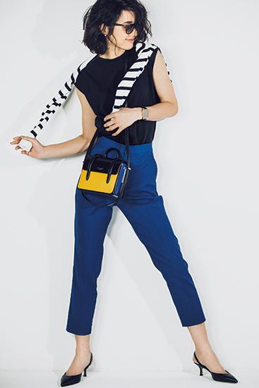 【5】黒Tシャツ×ボーダーカーディガン×青パンツ