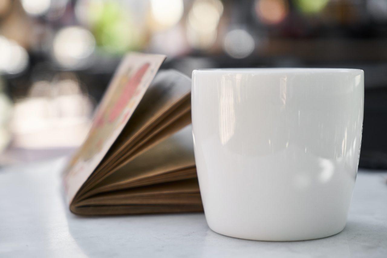 ブックカフェ 東京 おすすめ タイプ 一人 少人数 大人数 マナー