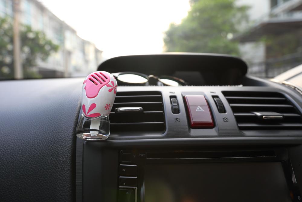車 芳香剤 おすすめ 臭い 原因 選び方 ポイント