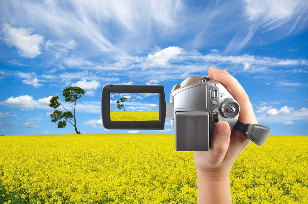 ビデオカメラ 選び方 コツ ポイント 思い出 初心者向け 人気メーカー コストパフォーマンス コスパ キレイな映像 4K対応 スポーツ 運動会