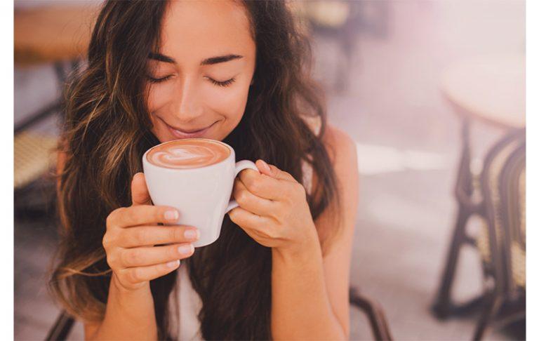 東京 カフェ 人気 コーヒー 美味しい SNS 人気 有名