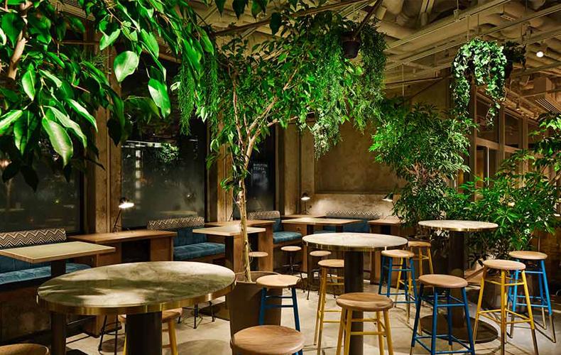 六本木】おすすめカフェ12選|おしゃれな雰囲気のカフェから、夜まで ...
