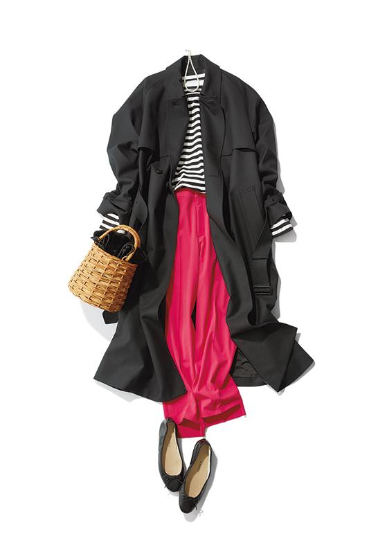 【1】ボーダーカットソー×ピンクパンツ×黒ステンカラーコート