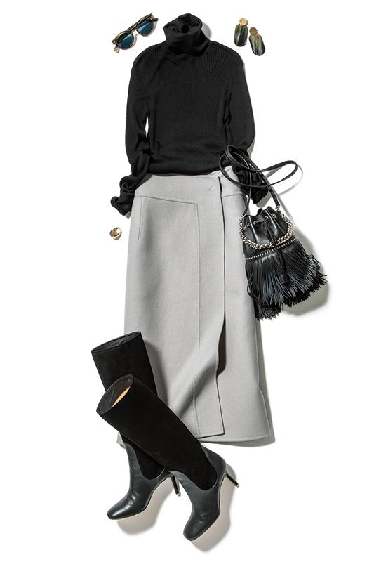 【1】黒タートルネックニット×グレースカート×J&M デヴィッドソンのフリンジバッグ