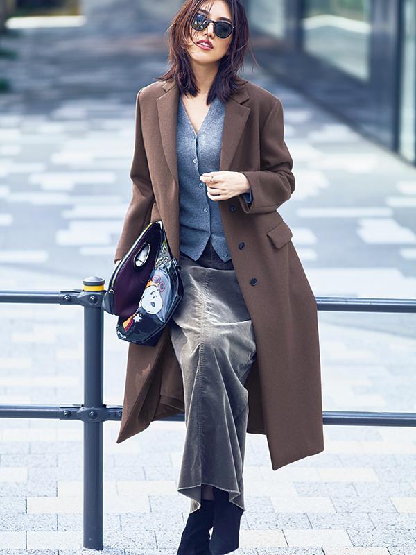 【4】ブラウンコート×グレーカーディガン×グレーロングタイトスカート