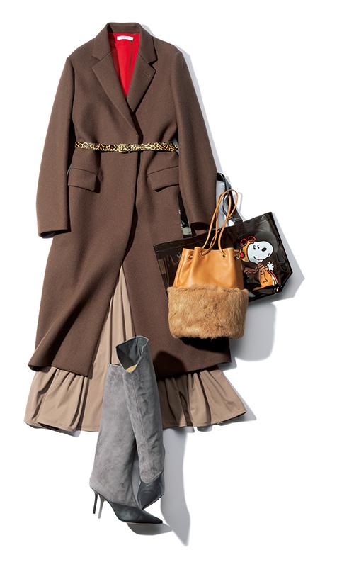 【7】ブラウンチェスターコート×赤ニット×ベージュフレアスカート