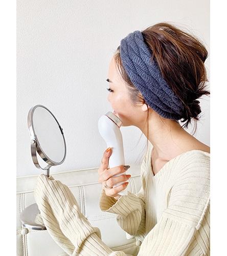 透明感女性特徴透明感のある肌になるには透明感のある肌になる方法透明感メイクポイント方法髪色ヘアカラー立ち居振る舞い立ち振る舞い
