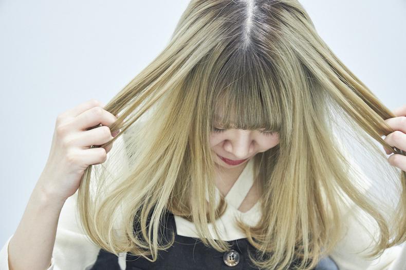 スタイルの仕上げにヘアオイルを使うのはもはや常識