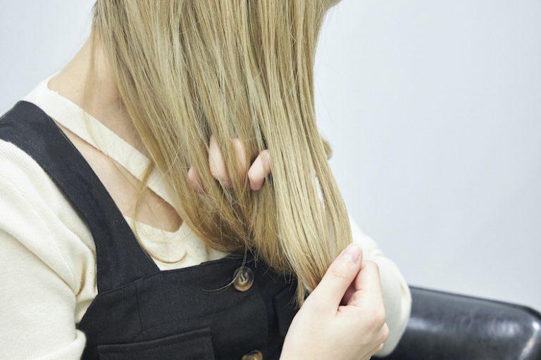 潤いを与えるヘアオイルの使い方
