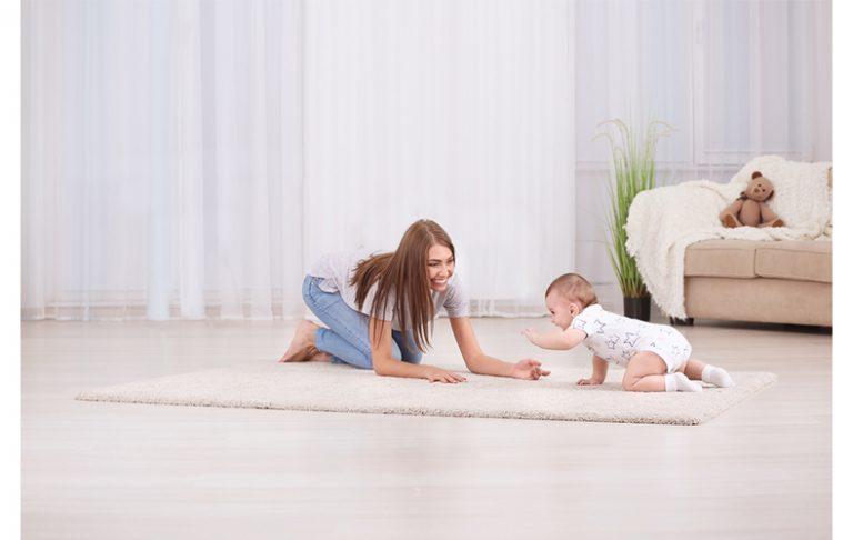 赤ちゃんつたい歩き伝い歩きとはいつからひとり歩きをするまだの期間練習注意点