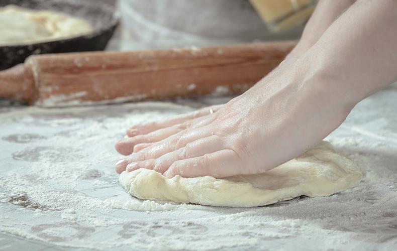 ピザ 手作り レシピ トッピング