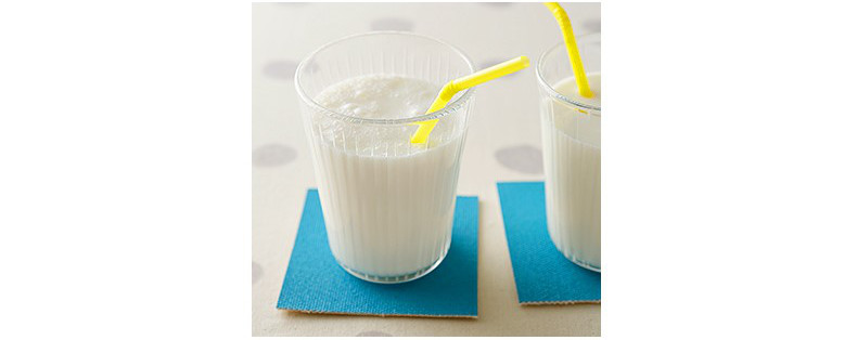はちみつ牛乳のレモンラッシー