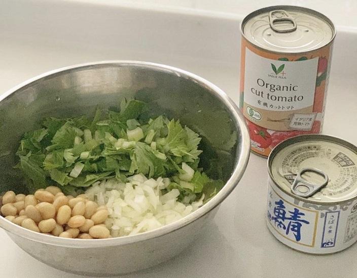 サバ缶ミートソース