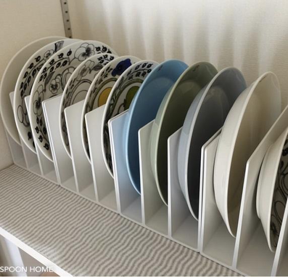 食器棚 収納術 収納方法 収納 仕方 ポイント 種類 色 サイズ 分ける