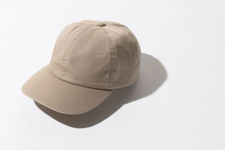帽子で日焼け対策、ユニクロのUVカットツイルキャップ