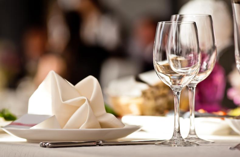 テーブル マナー