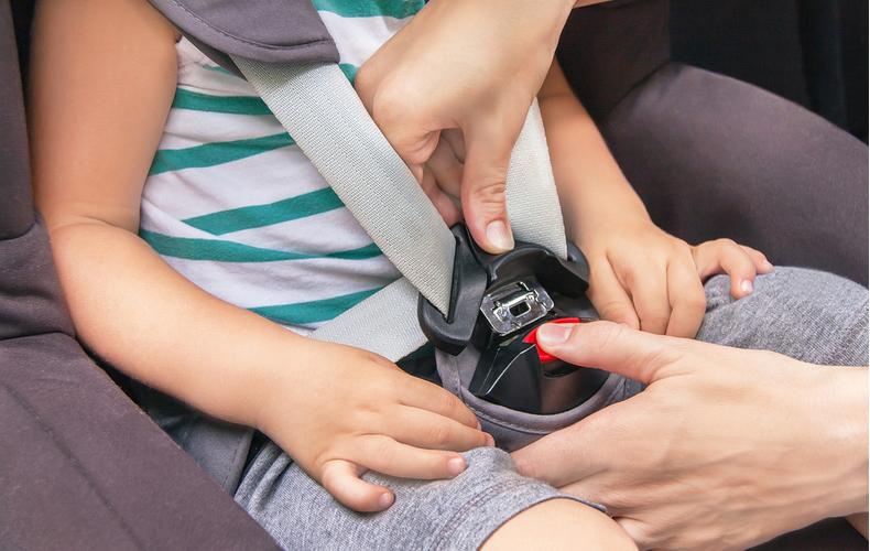 チャイルドシート 切り替え時期 タイミング いつ 法律 義務