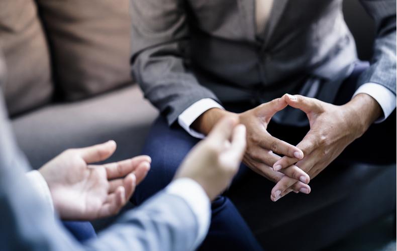 話し上手 会話 なる方法 ポイント 聞き上手 相づち 身振り手振り