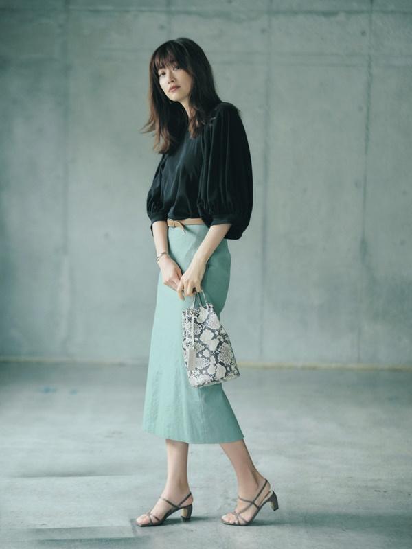 春 夏 コーディネート 人気 Domani6/7月号 ランキング ブラウス カラースカート タイトスカート