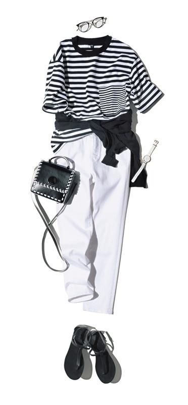 【6】ボーダーTシャツ×白パンツ×サンダル