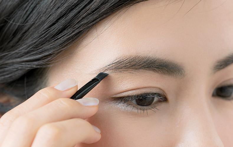 アイブロウパウダー 種類 選び方 使い方 美しい眉 キレイな眉 美眉 描き方 コツ 悩み別 デパコス プチプラ アイテム グッズ