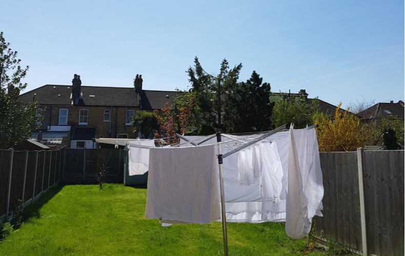 布団干し 布団 干す アイテム グッツ 竿 使いやすい おすすめ商品 干すメリット 選び方 多機能 洗濯物 枕 ぬいぐるみ 干し方
