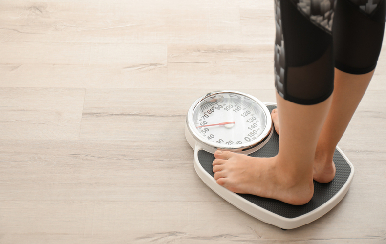 ダイエット停滞期 理由 原因 いつ 時期 NG行動 食事 運動 乗り越え方 乗り越える方法