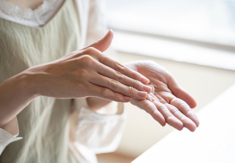 肌のくすみを改善する方法は?