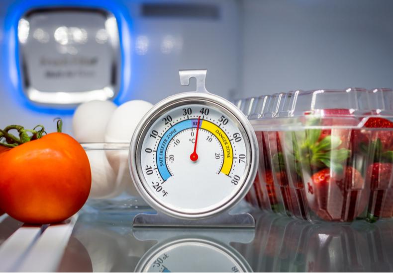 冷蔵庫 温度 設定 調節 何度 確認方法 チェック 冷えない 下がらない 原因