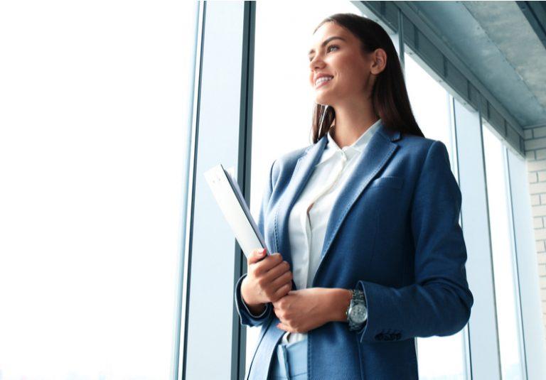 仕事が出来る人 仕事の仕方 働き方 考え方 習慣 机 デスクがきれい 特徴 性格 ポイント 仕事が出来ない人 行動力