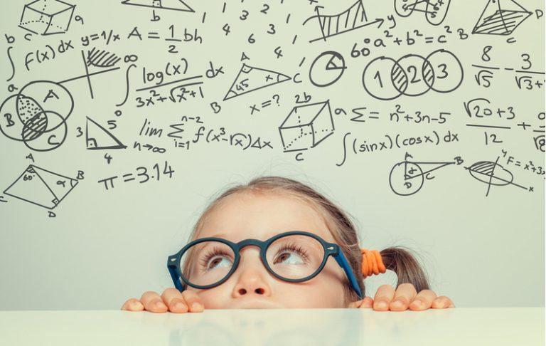 ポジティブシンキング ポジティブ思考 前向き 性格 特徴 メリット デメリット 習慣 ネガティブ 好奇心旺盛 行動力