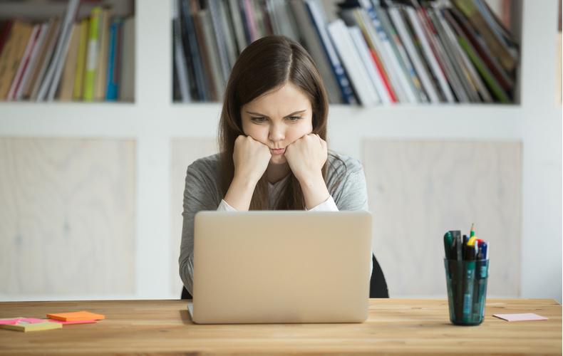 イライラする時 腹が立つ 苛立ち どんな時 シチュエーション 仕事 家庭 職場 ママ友 対処法