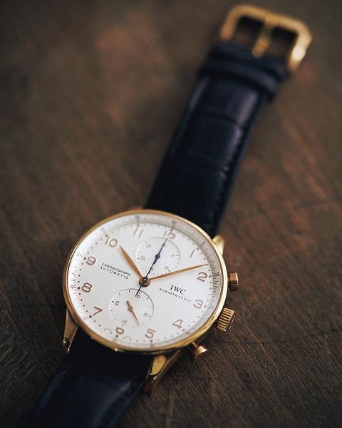 Domani10/11月号 p74 p75 p76 p77 ALL私物で見せてもらいました!『これが私の〝10年ベーシック〟。』 スタイリスト大草直子 私物 私服 マイベーシック マイスタイル 時計
