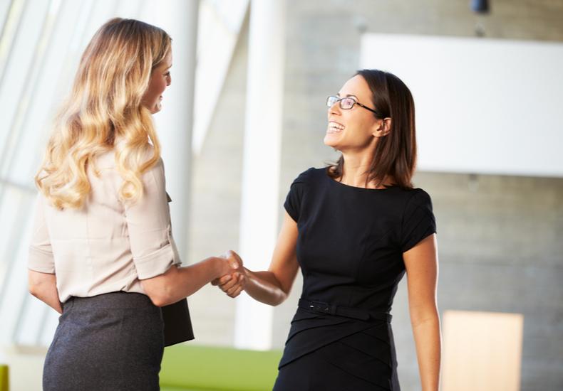 自己開示とは 方法 効果 人間関係 信頼関係 会話力 トークスキル できない人の特徴