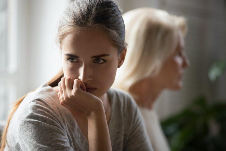 口下手 特徴 性格 原因 トラブル 長所 克服 方法 自然な会話 ポイント コツ