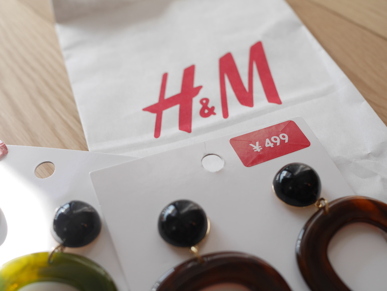 H&M アクセントピアス