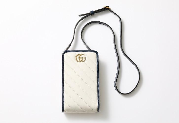グッチ Gucci スマートフォンバッグ スマホバッグ スマホケース GGマーモント新作 スマホバッグスマートフォンバッグiPhoneバッグハイブランドラグジュアリーブランドおすすめおしゃれカラーポップエレガントきれいめロゴ