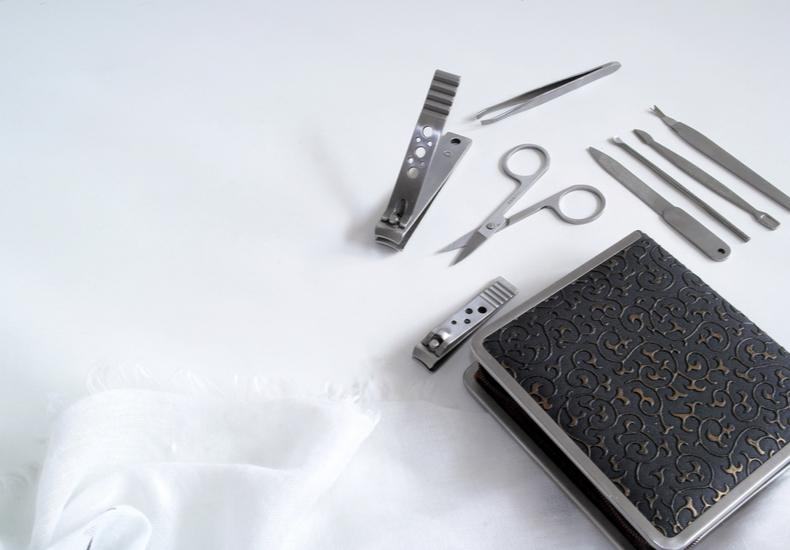毛抜き用途別使い方別先平らタイプ先丸タイプ先斜めタイプセットアイテムセット商品正しい使い方毛抜きケア方法アフターケア選び方おすすめ商品プチプラお手頃価格高級