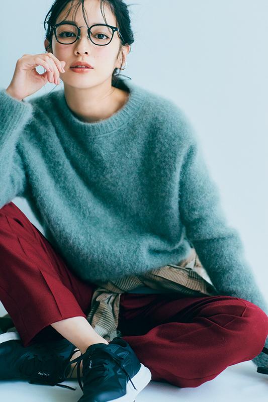 【ニットやセーター】毛糸で編んだトップスのこと