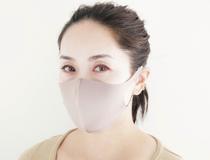 スタイリスト・亀恭子さんのマスクメイク