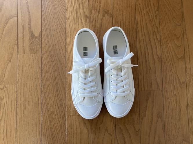 UNIQLOユニクロ靴スニーカーホワイト白キャンバスレースアップひもセール安いお手頃おすすめ