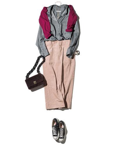 【2】ボルドー色ニット×ピンクタイトスカート×グレーシャツ