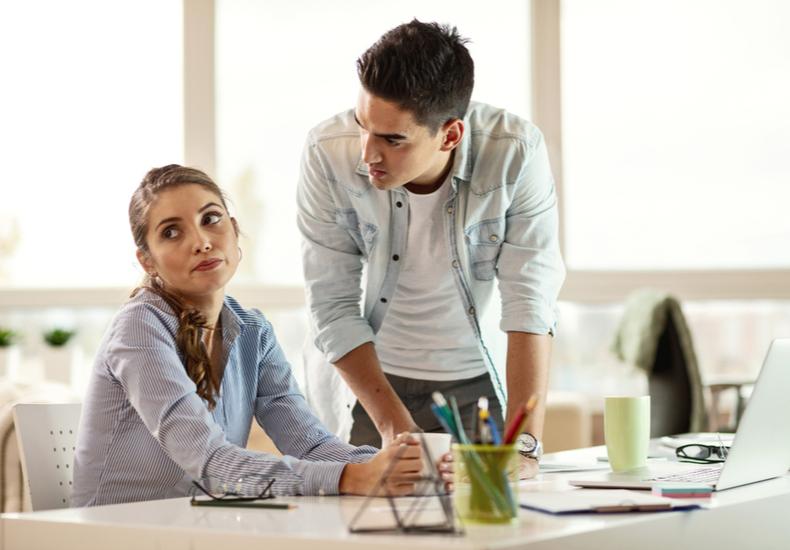 職場の人間関係職場の人間関係悩み面倒くさいめんどくさい対処法良好にする方法NG行動