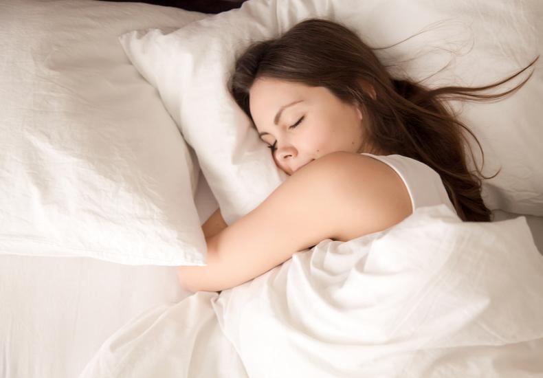 抱き枕 人気 流線型 S字型