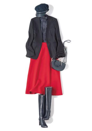 【3】黒ジャケット×赤スカート×黒レーストップス
